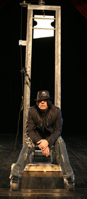 criss_angel_guillotine