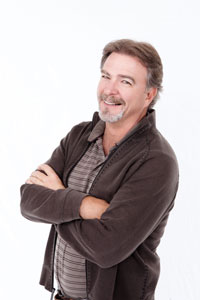 "Comedian Bill Engvall stars in ""Kiss at Pine Lake"""