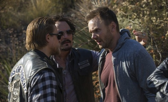 """Joel McHale guest stars on """"Toad's Wild Ride,"""" the latest episode of FX's drama """"Sons of Anarchy."""""""