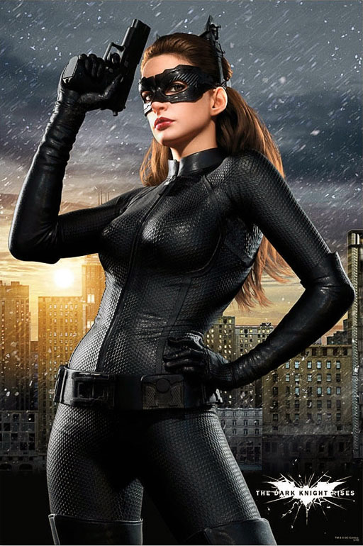 Anne Hathaway S Catwoman Steals Scenes In The Dark Knight Rises