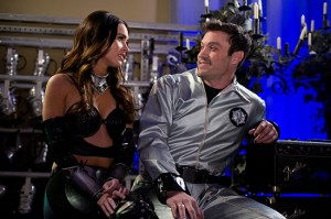 "Megan Fox guest stars on hubby Brian Austin Green's new TBS comedy, ""Wedding Band"""