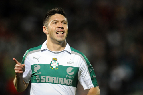 Mexican striker Oribe Peralta