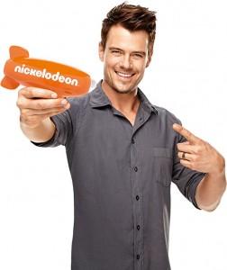 Josh Duhamel hosts the 2013 Nickelodeon Kids' Choice Awards
