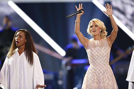 cmt awards 2013 carrie underwood