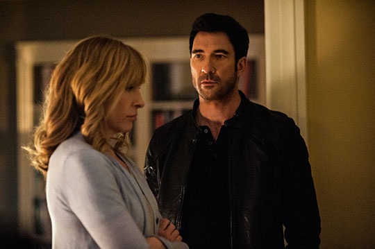 Toni Collette Dylan McDermott CBS Hostages