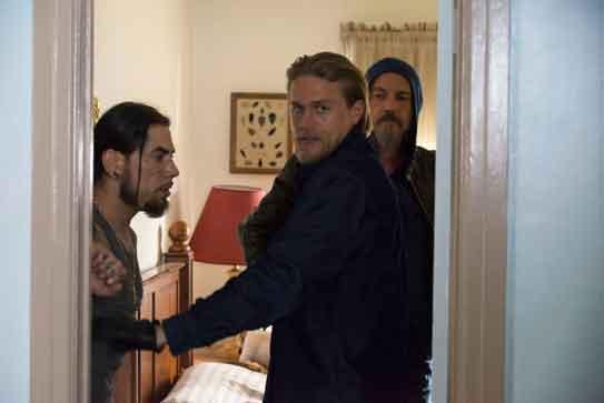 Sons of Anarchy Season 6 Charlie Hunnam Dave Navarro