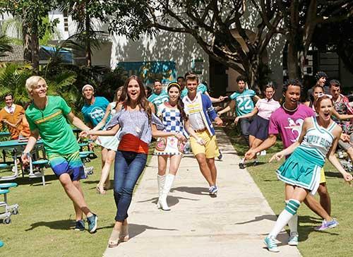 """""""Teen Beach 2"""" Premiere Date"""