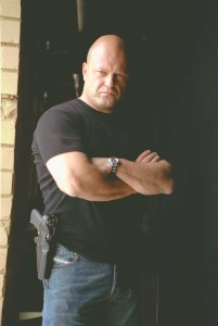 Shield_Chiklis_0304_3