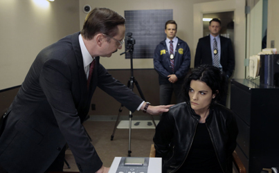 """BLINDSPOT -- """"Erase Weary Youth"""" Episode 113 -- Pictured: (l-r) John Hodgman as Inspector Fisher, Jaimie Alexander as Jane Doe -- (Photo by: Giovanni Rufino/NBC)"""
