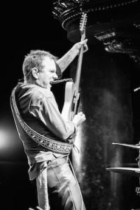 kiefer-sutherland-tour-album