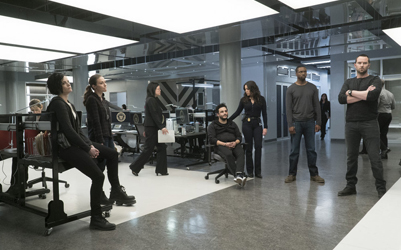 "BLINDSPOT -- ""One Begets Technique"" Episode 118 -- Pictured: (l-r) Jaimie Alexander as Jane Doe, Trieste Kelly Dunn as Allison Knight, Ennis Esmer as Rich Dotcom, Audrey Esparza as Tasha Zapata, Rob Brown as Edgar Reed, Sullivan Stapleton as Kurt Weller -- (Photo by: Peter Kramer/NBC)"