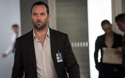 "BLINDSPOT -- ""Why Await Life's End"" Episode 123 -- Pictured: Sullivan Stapleton as Kurt Weller -- (Photo by: Jeff Neumann/NBC)"
