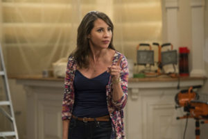 Elizabeth Rodriguez stars in season 4 of Devious Maids