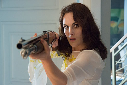 Good_Behavior_Michelle_gun