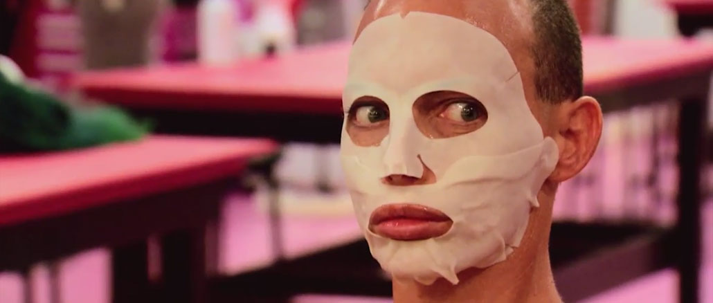 RuPaul's Drag Race All Stars season 2 episode 2 Alyssa dons a mask