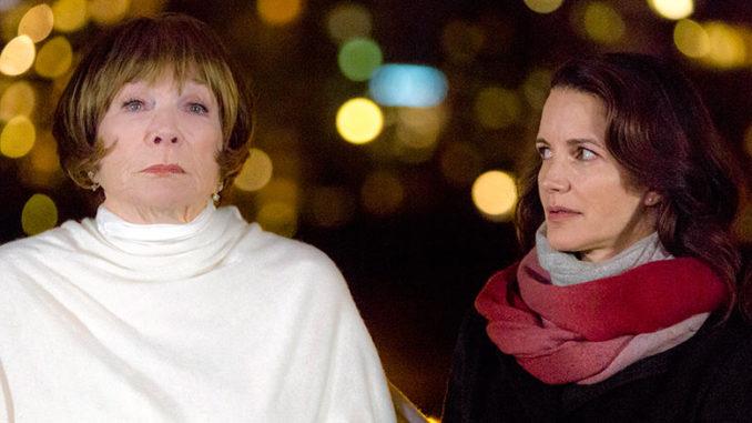 Saturday Nov 26 Kristin Davis And Shirley MacLaine In A Heavenly