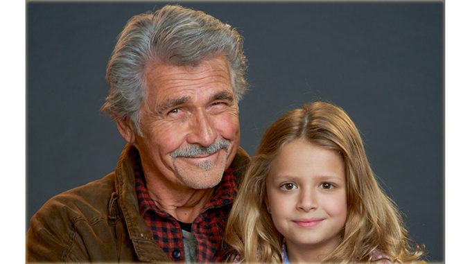 Ill Be Home For Christmas 2016.Sunday Nov 27 James Brolin In I Ll Be Home For Christmas