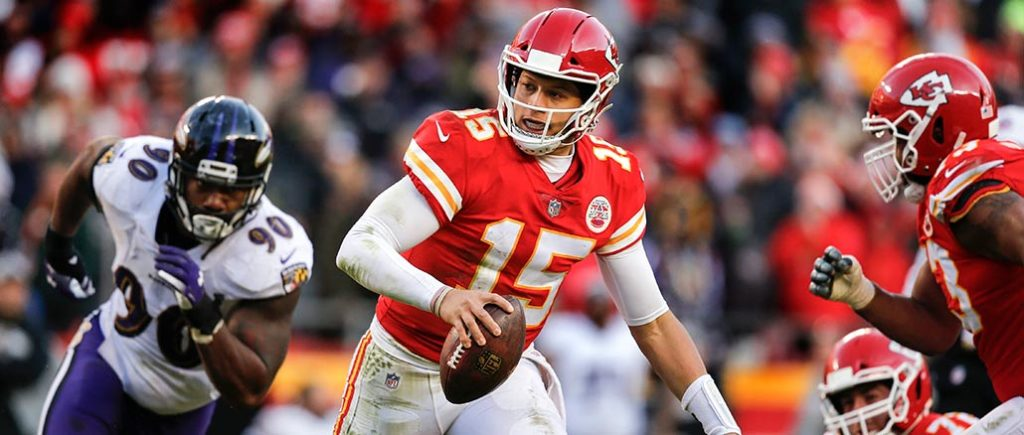 Monday, Nov  18: Chiefs vs  Chargers on 'MNF' in Mexico City